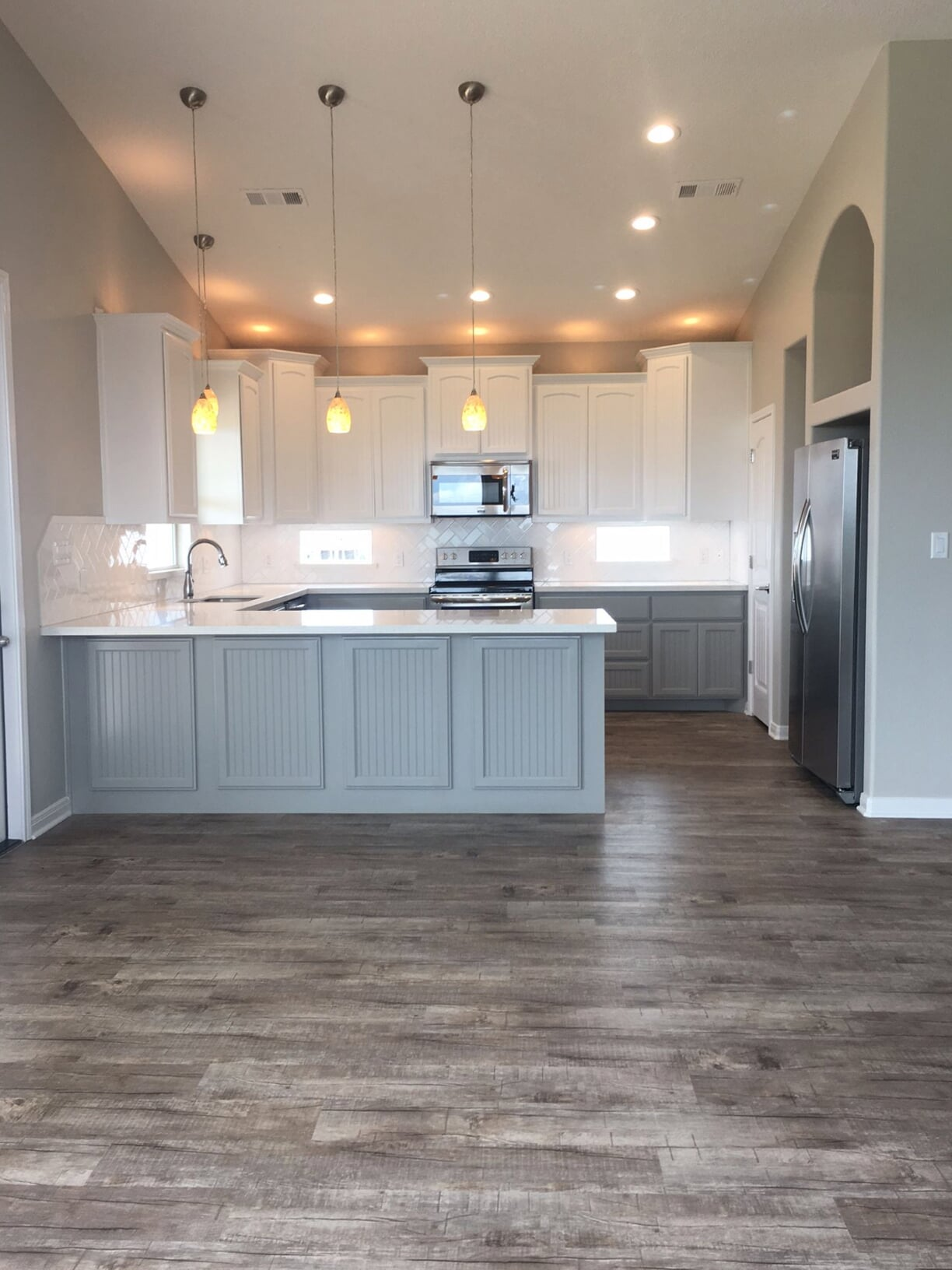 Bright and modern kitchen design in Baytown, TX from Baytown Floors