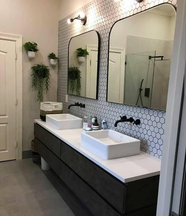 Custom bathroom vanity in Bellaire, TX from Petra Flooring & Blinds