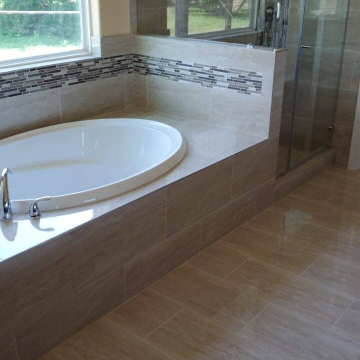 Tile tub surround in Pearland, TX from Petra Flooring & Blinds