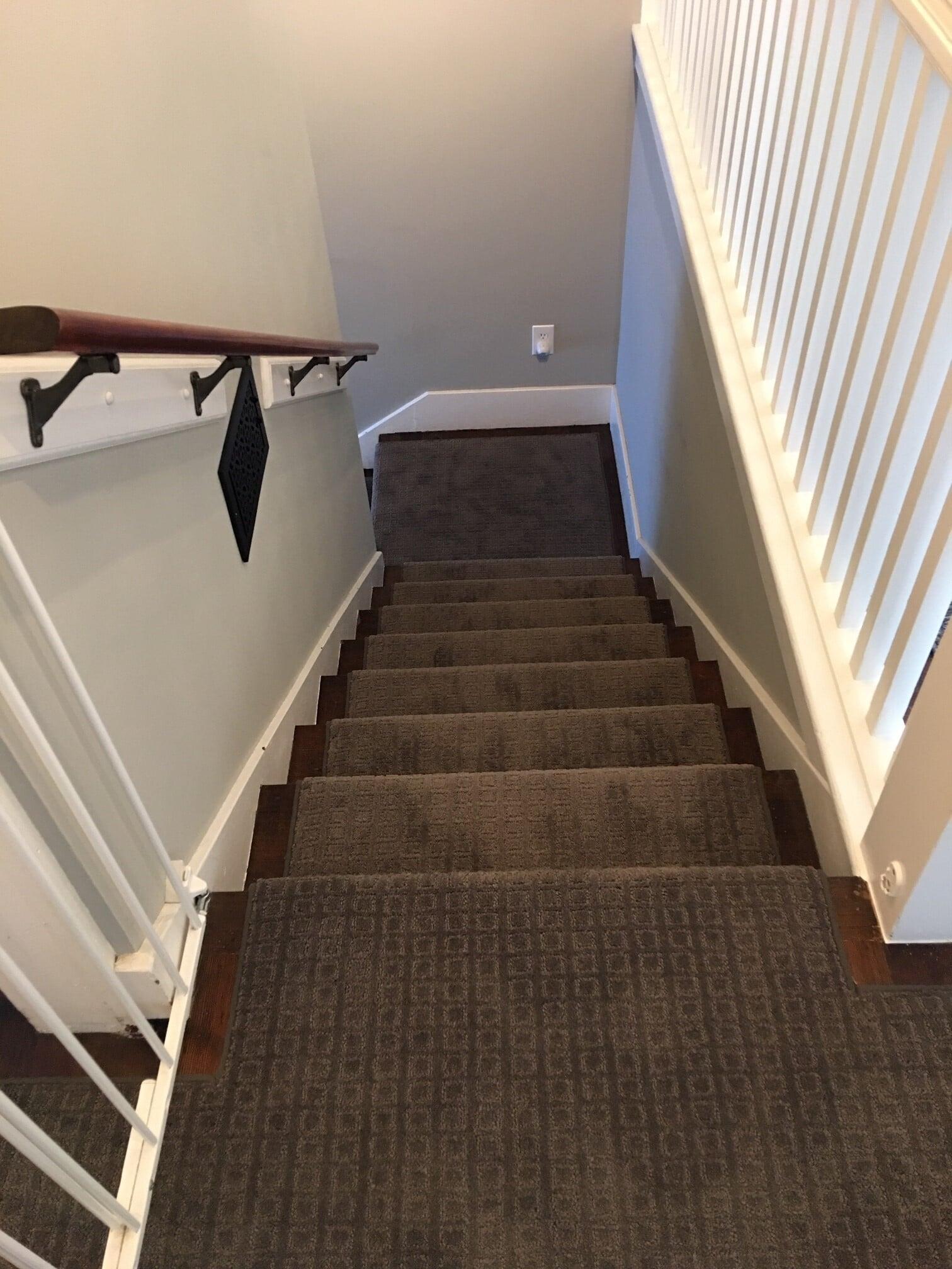 Carpet stair runner in Edmonds, WA from Vogel's Carpet & Flooring