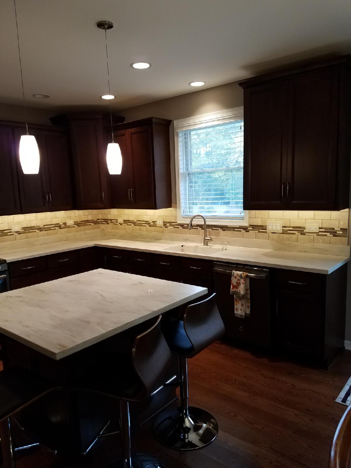 Gorgeous backsplash and countertops in Lockport, IL from Marchio Tile & Carpet Inc.