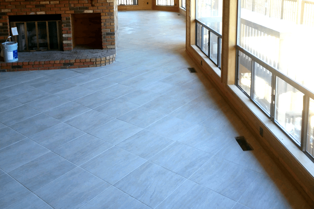 Beautiful light tile flooring in Dewey-Humboldt, AZ from Prescott Flooring Brokers