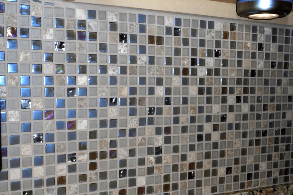 Glass tile backsplash in Chino Valley, AZ from Prescott Flooring Brokers