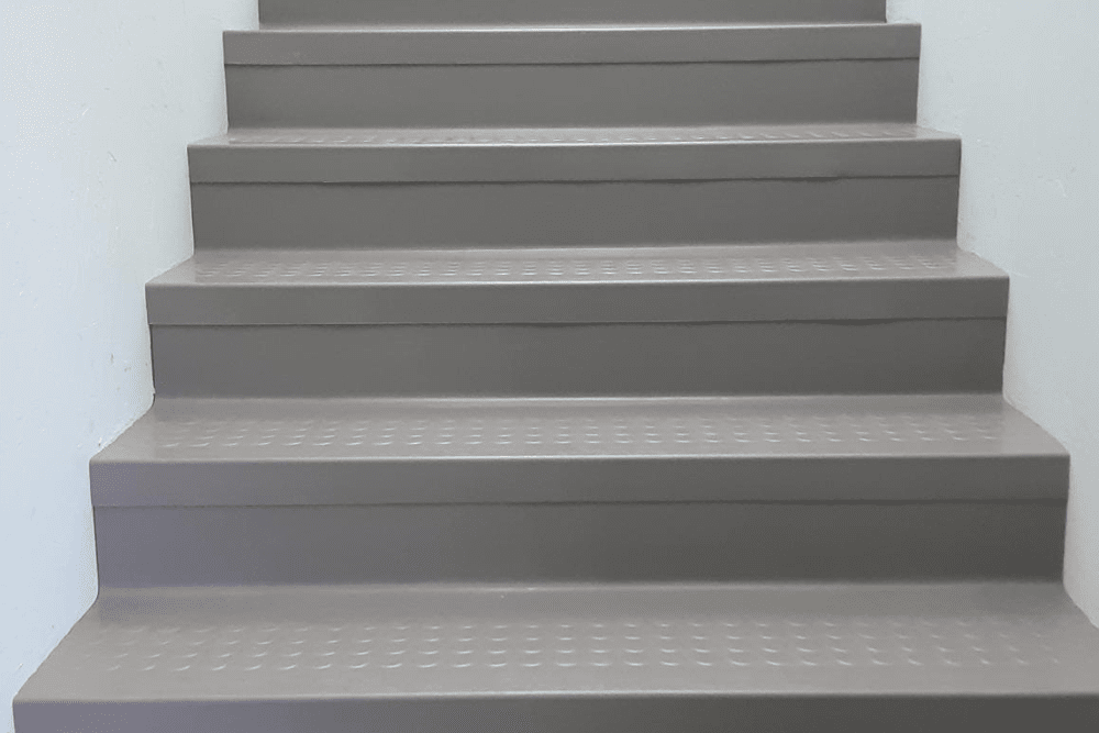 Vinyl stairway installation in Prescott, AZ from Prescott Flooring Brokers
