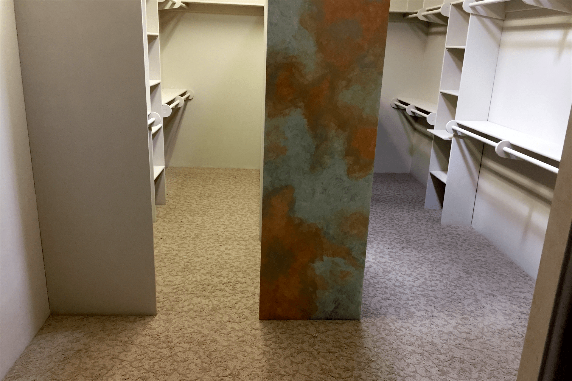 Patterned carpet in walk-in closet in Dewey-Humboldt, AZ from Prescott Flooring Brokers