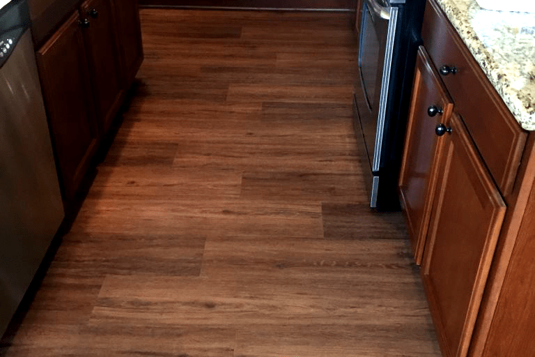 Waterproof wood flooring kitchen in Prescott Valley, AZ from Prescott Flooring Brokers