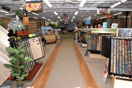 Our large showrooms have everything for your North Fort Myers, FL flooring renovation