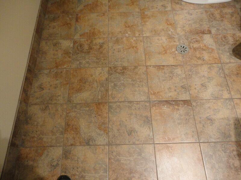 Choochs_Pizza_Tile_Bathrooms__1