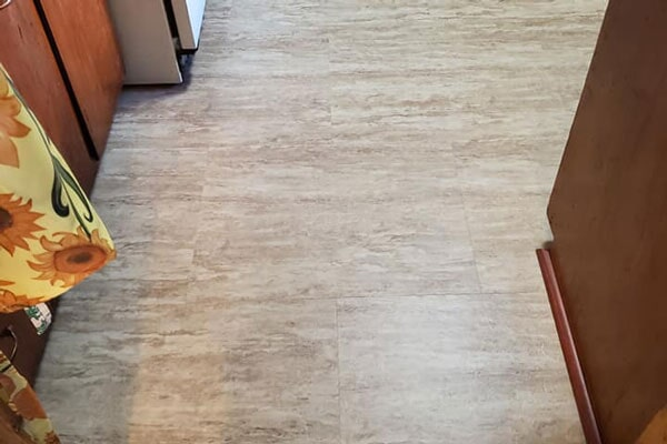 Vinyl planks from Affordable Flooring in Bourbonnais, IL