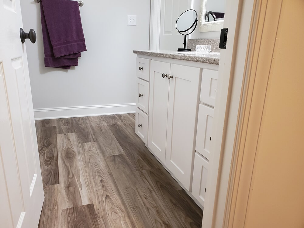 Waterproof bathroom flooring in Lake Lure, NC from BPS Southeast