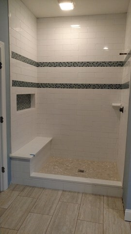 bath tile in Solon, OH from Carpet Country