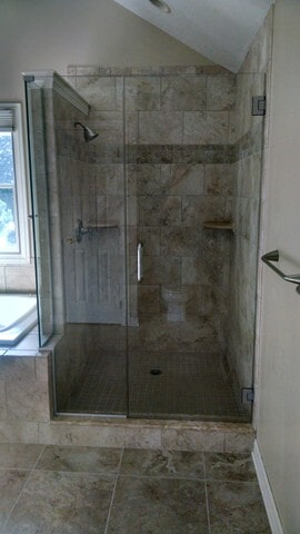 bathroom tile in Hudson, OH from Carpet Country