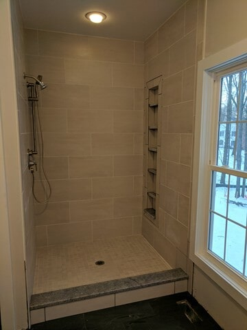 shower tile in Solon, OH from Carpet Country