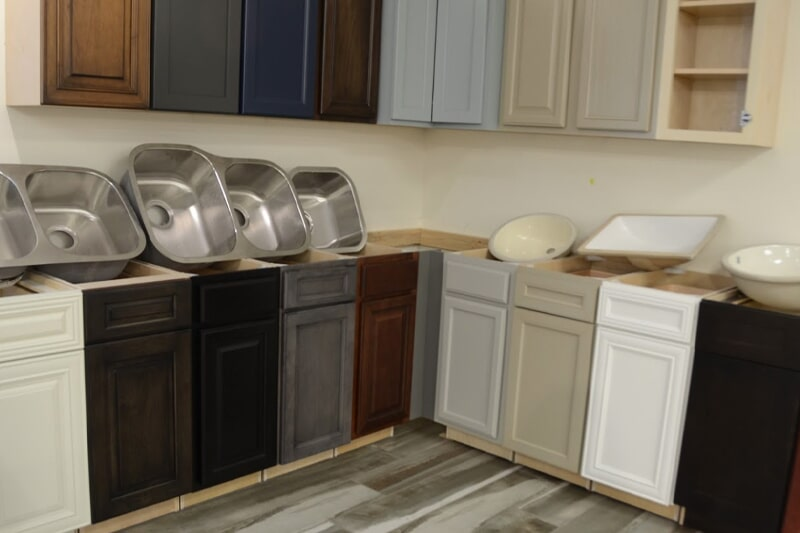 Choose from our large selection of sinks and cabinetry for your Huntsville, AL kitchen