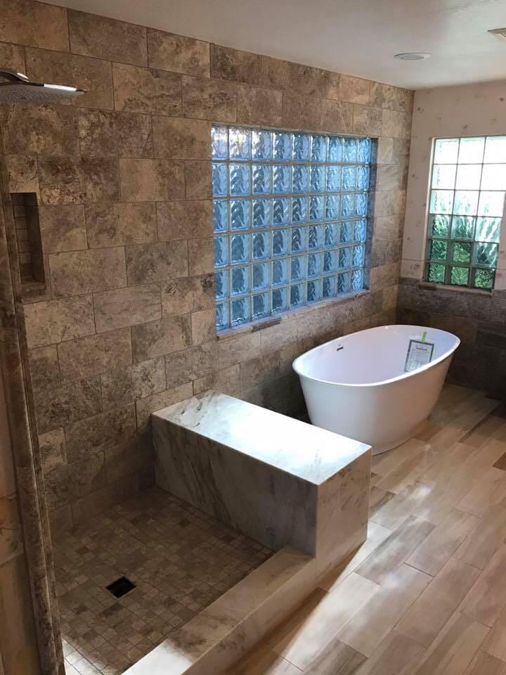 Custom shower and soaking tub in Glendale, AZ from Cornerstone Flooring Brokers