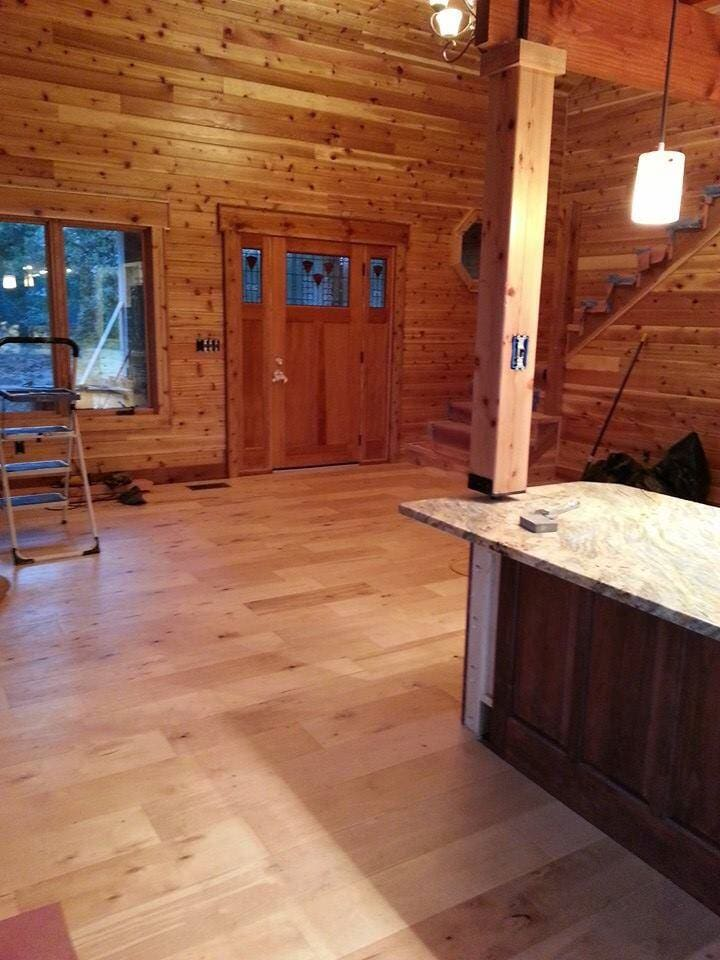 wood planks from Paint Plus Flooring in Graves, KY