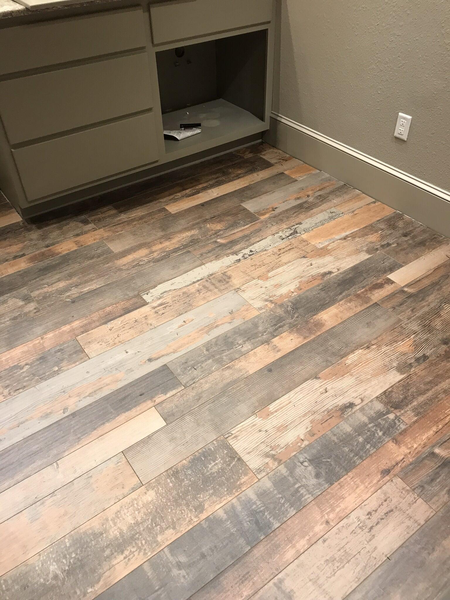 Hardwood from Roop's Carpet in Bald Knob, AR