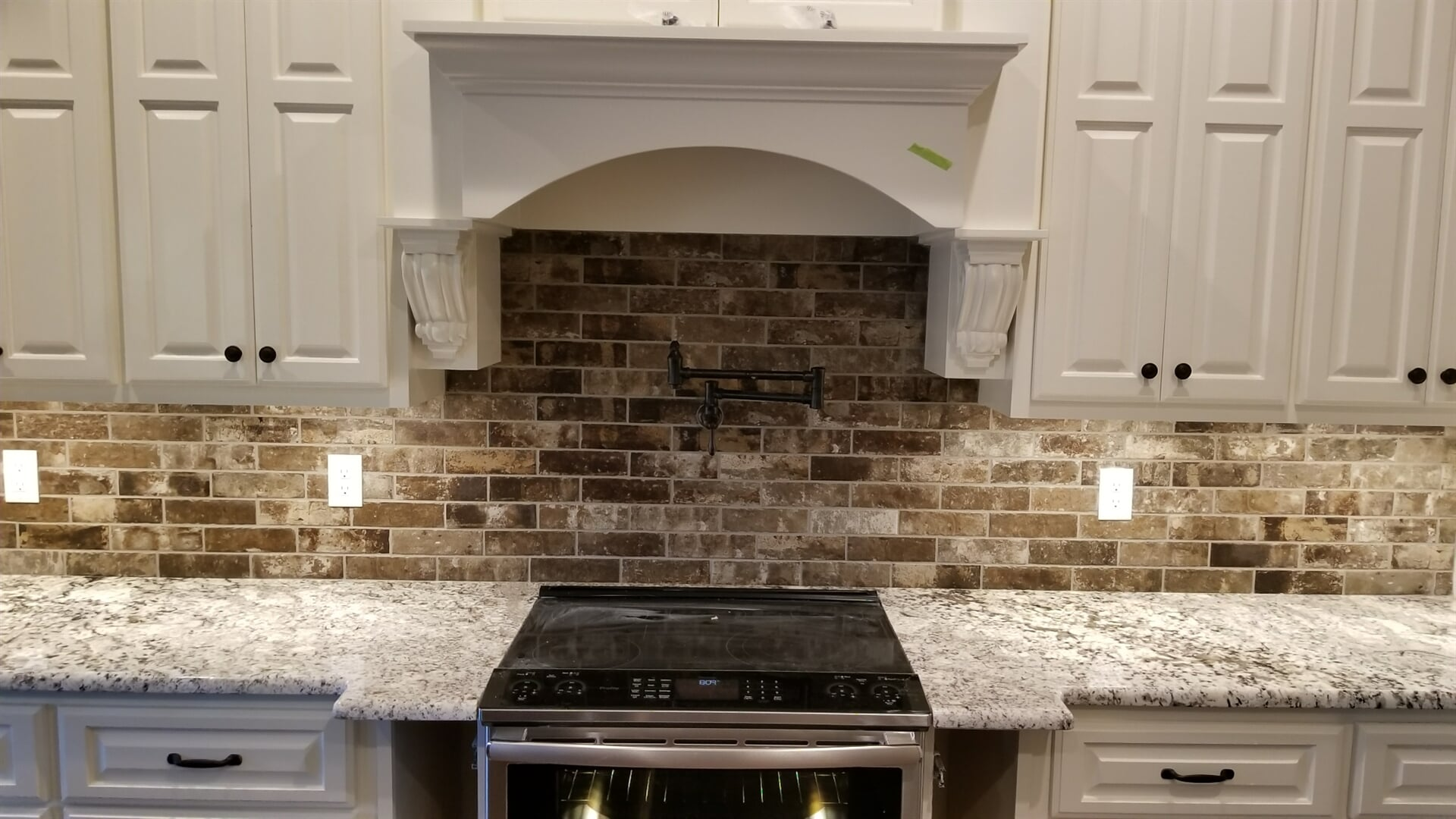 Kitchen backsplash from Roop's Carpet in Searcy, AR