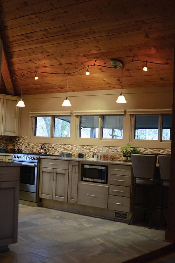 Glass tile backsplash and tile flooring (2)