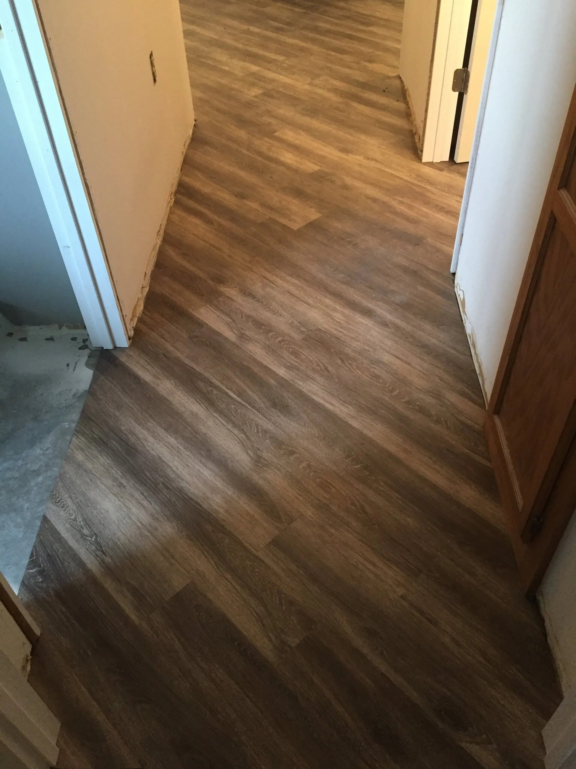 Custom install hardwood flooring in Burnsville, MN from Infinite Floors and More