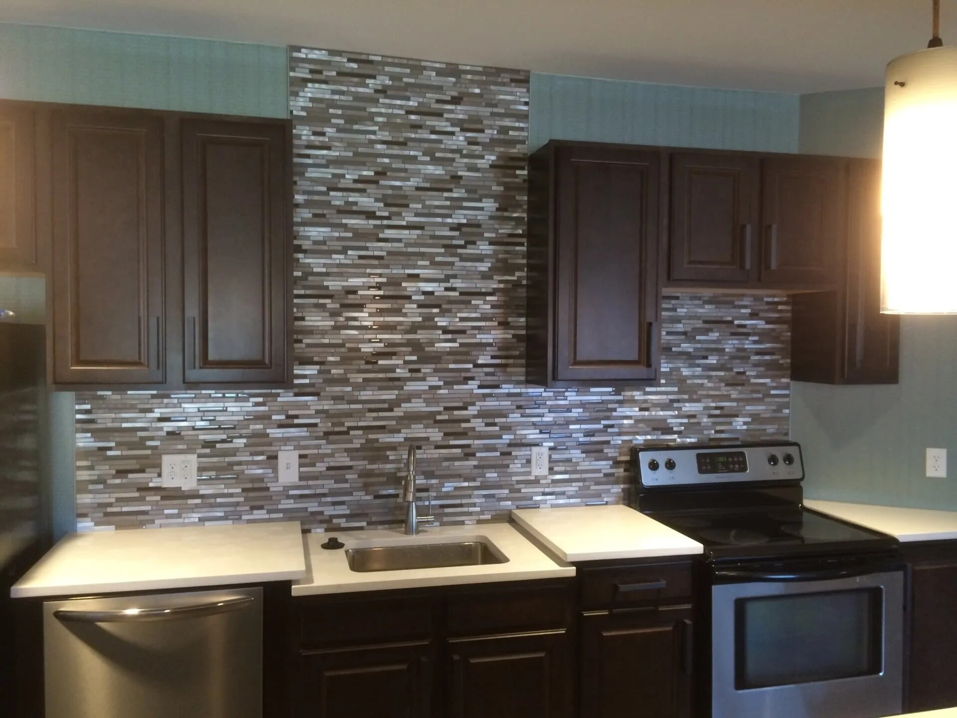 Beautiful kitchen backsplash in Apple Valley, MN from Infinite Floors and More