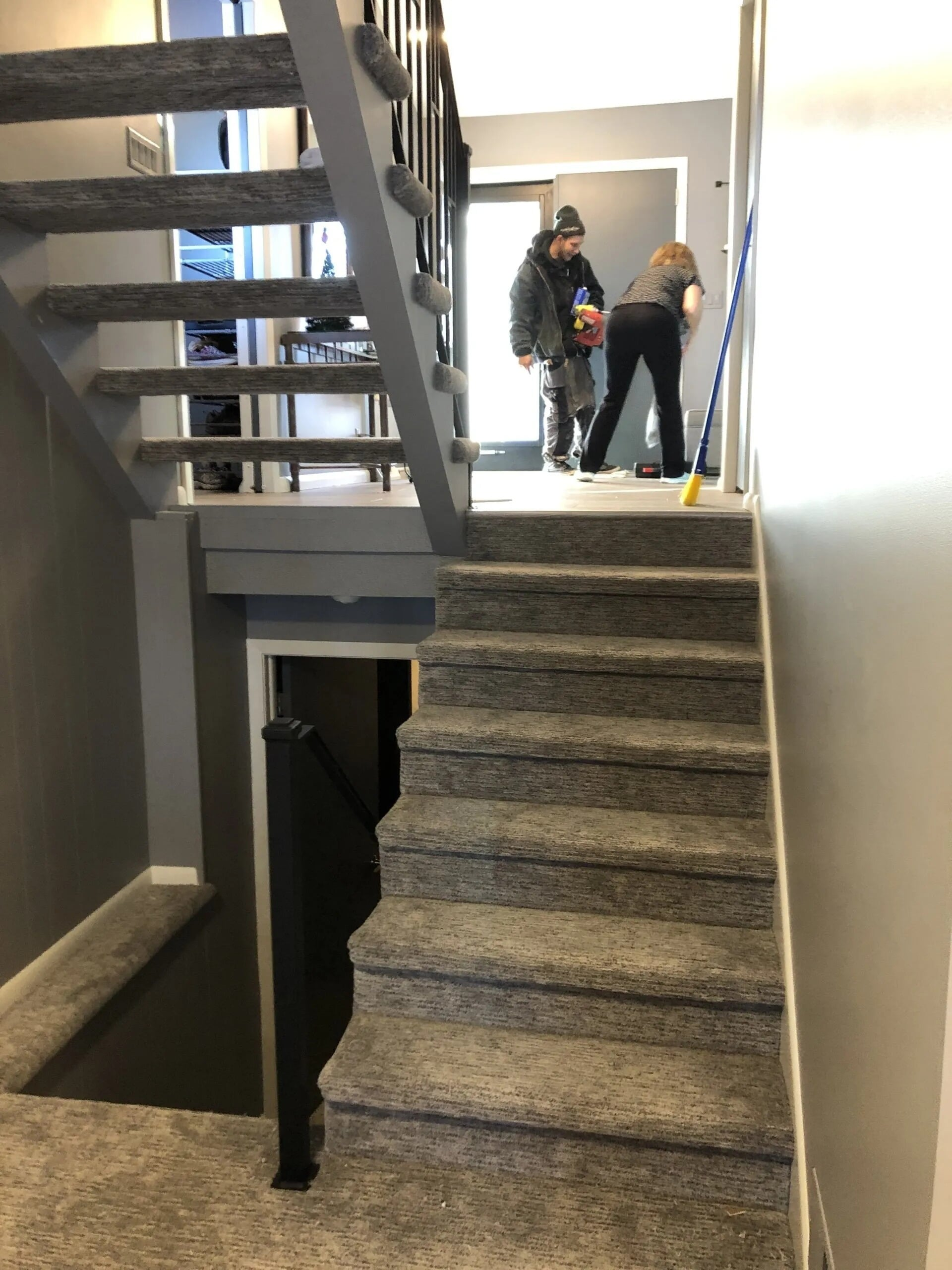 Split level carpet stairway in Apple Valley, MN from Infinite Floors and More