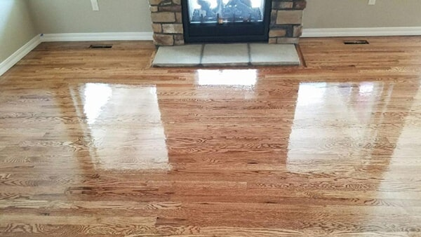 Vinyl plank flooring from Hardwood Flooring Specialist in Pueblo, CO