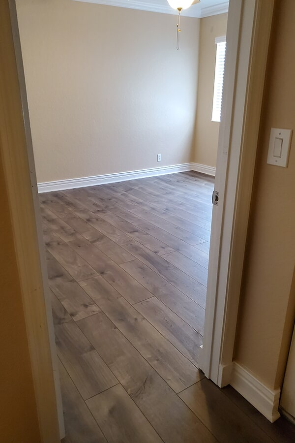 Mohawk's  Chalet Vista Laminate in color Cheyenne Rock used in Stuart home