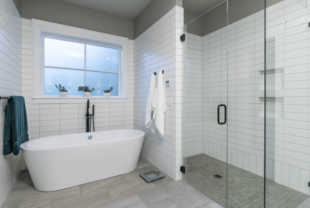 Bath and shower remodel in Lake Oswego, OR from All Surfaces