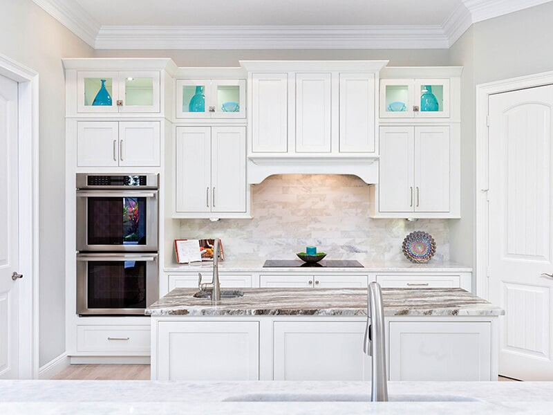 White Shiloh Cabinetry at Ricks Park N Save, Inc. in Chillicothe, OH