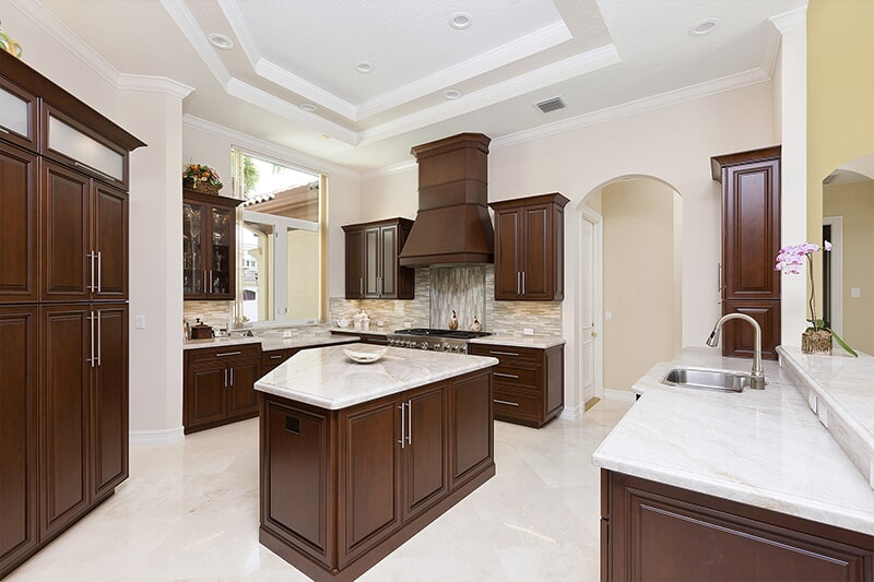 Natural Eclipse Cabinetry at Ricks Park N Save, Inc. in Chillicothe, OH
