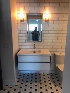 ellery bathroom pic 7