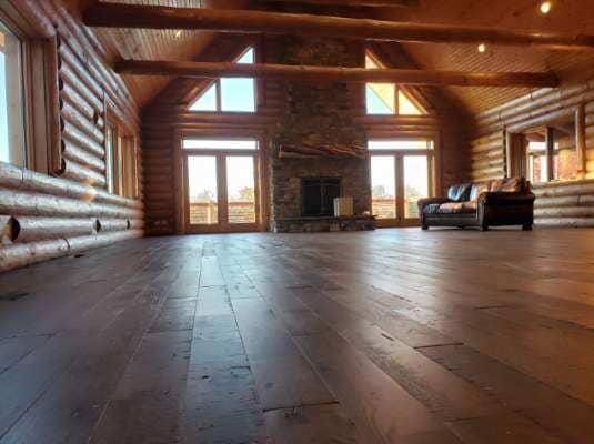 Hardwood floor Bobby 10.28
