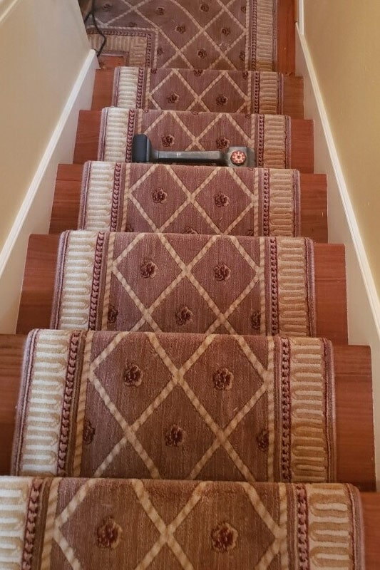 Classic stair carpet runner in Wilsonville, OR from Marion's Carpet & Flooring Warehouses