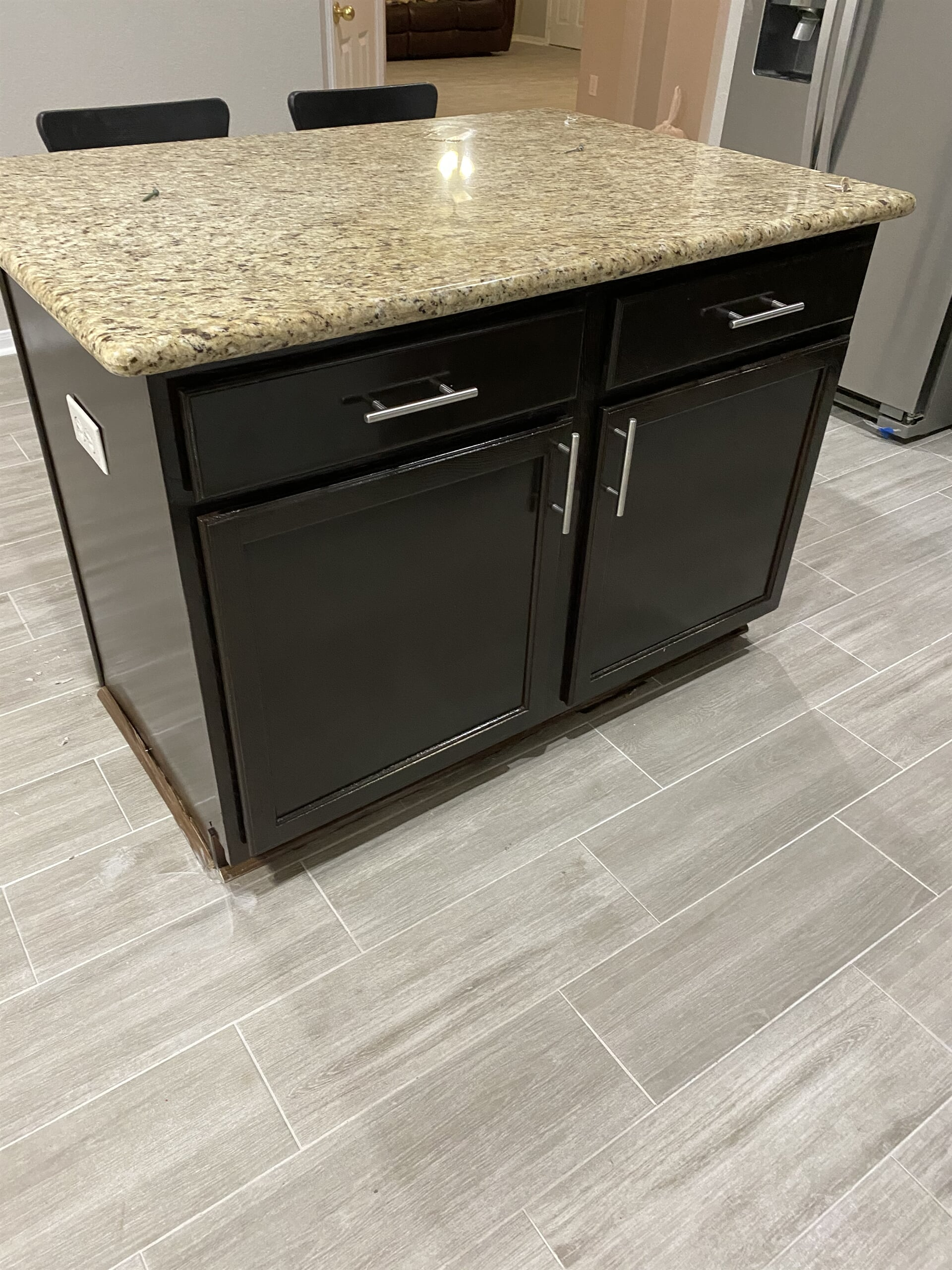 Kitchen cabinets from Houston Floor Installation Services in Humble, TX