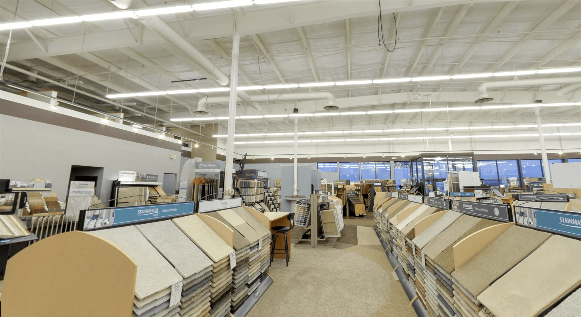 Commercial carpet for your Wisconsin business from Hiller Stores