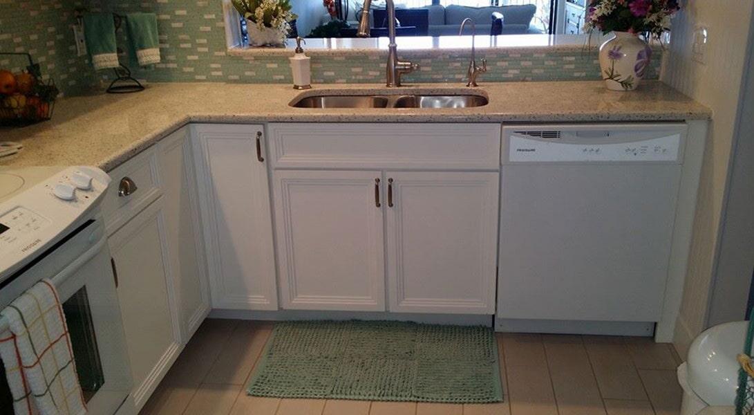 Cabinets from Agler Kitchen, Bath & Floors in Fort Pierce, FL