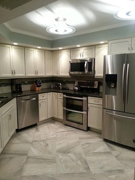 Tile flooring from Agler Kitchen, Bath & Floors in Jensen Beach, FL