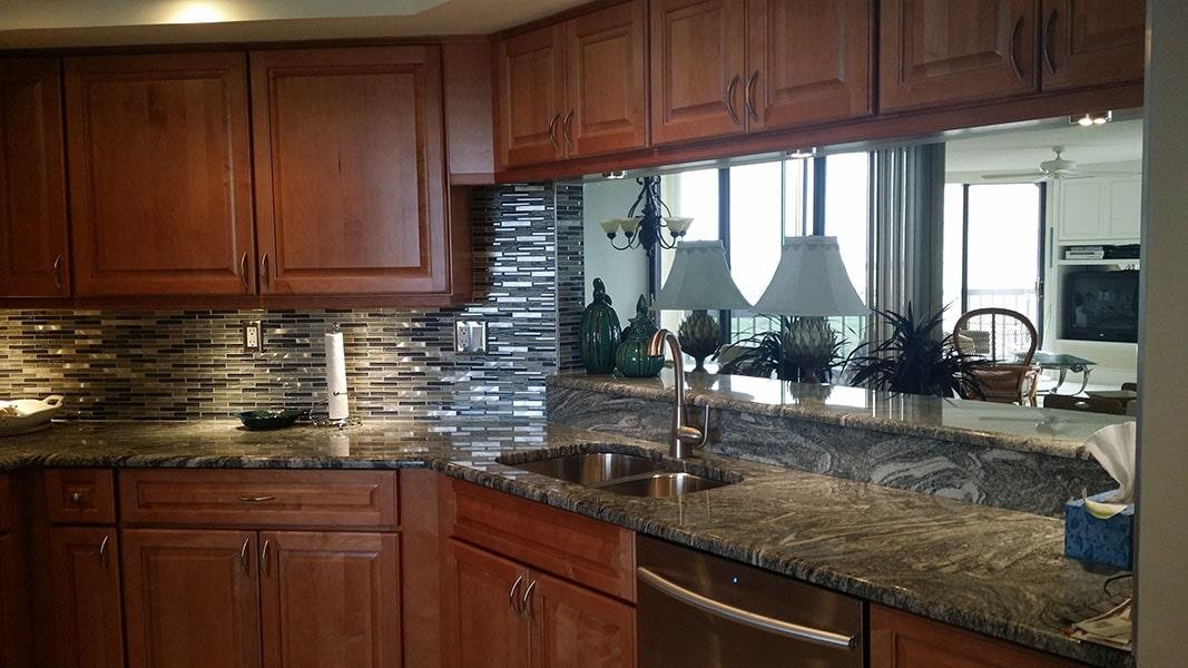 Tile backsplash from Agler Kitchen, Bath & Floors in Port Saint Lucie, FL
