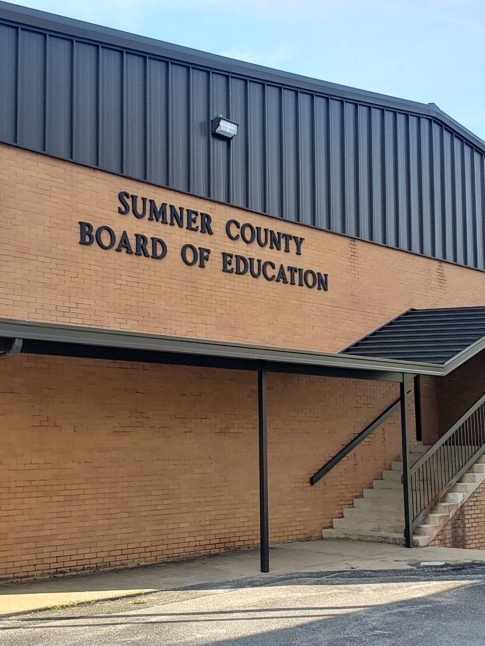 Absolute Flooring Inc has worked with the Sumner County Board of Education
