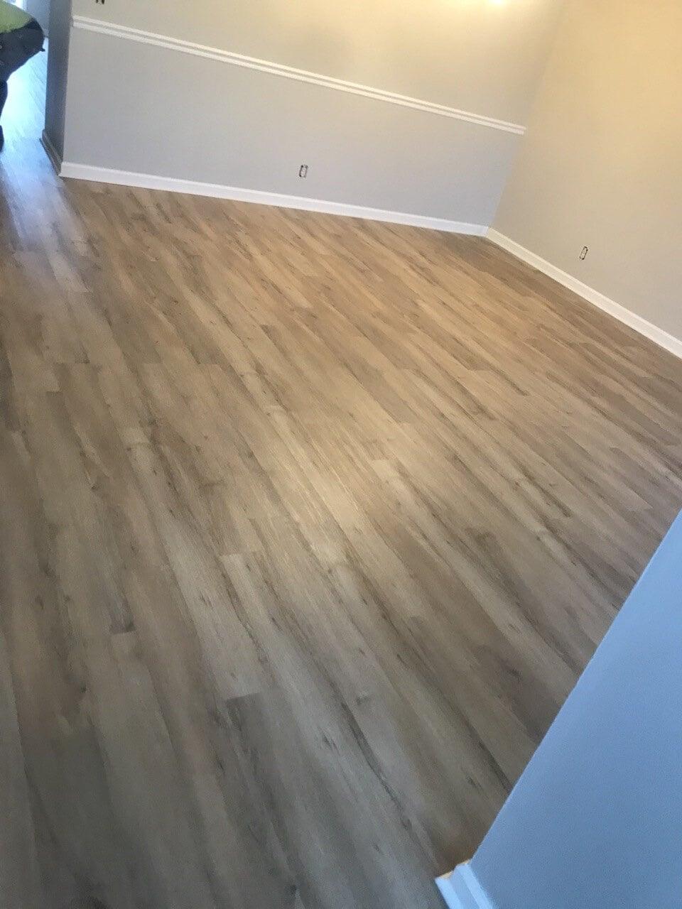 Modern vinyl flooring in Gallatin, TN from Absolute Flooring Inc