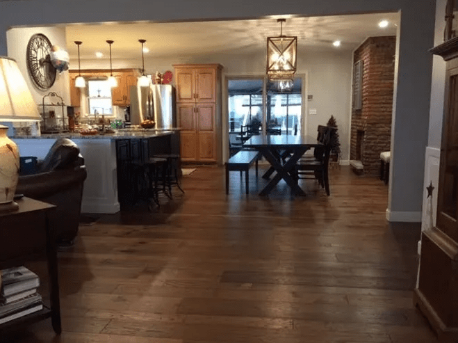 Hardwood flooring from LAACK FLOORING INNOVATIONS in Altamont, IL