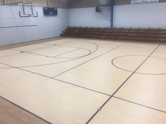 Laminate flooring from LAACK FLOORING INNOVATIONS in Salem, IL