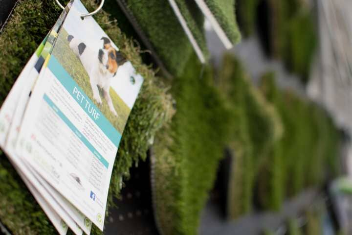 Grass wall pet turf