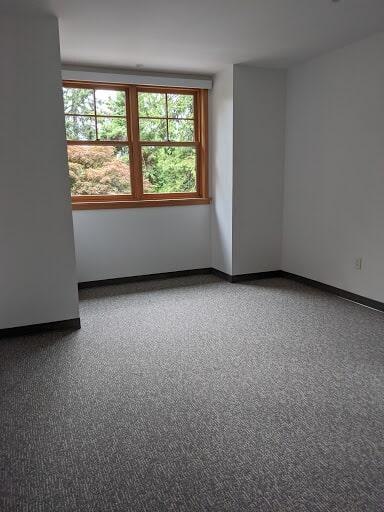 Carpet installation in Poulsbo, WA from Emerald Installation