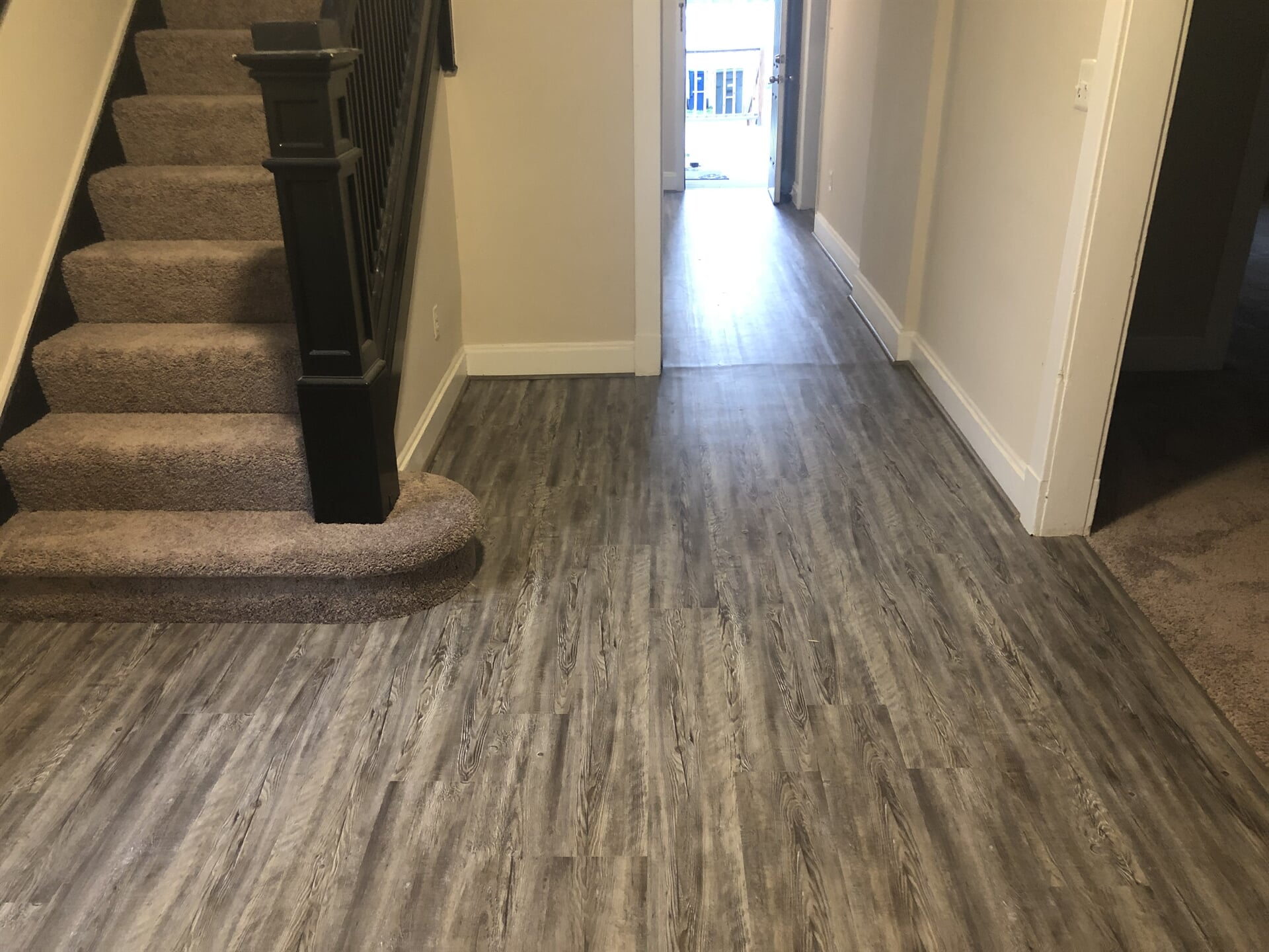 Modern laminate flooring in Washington, DC from Andonian's Carpet Warehouse