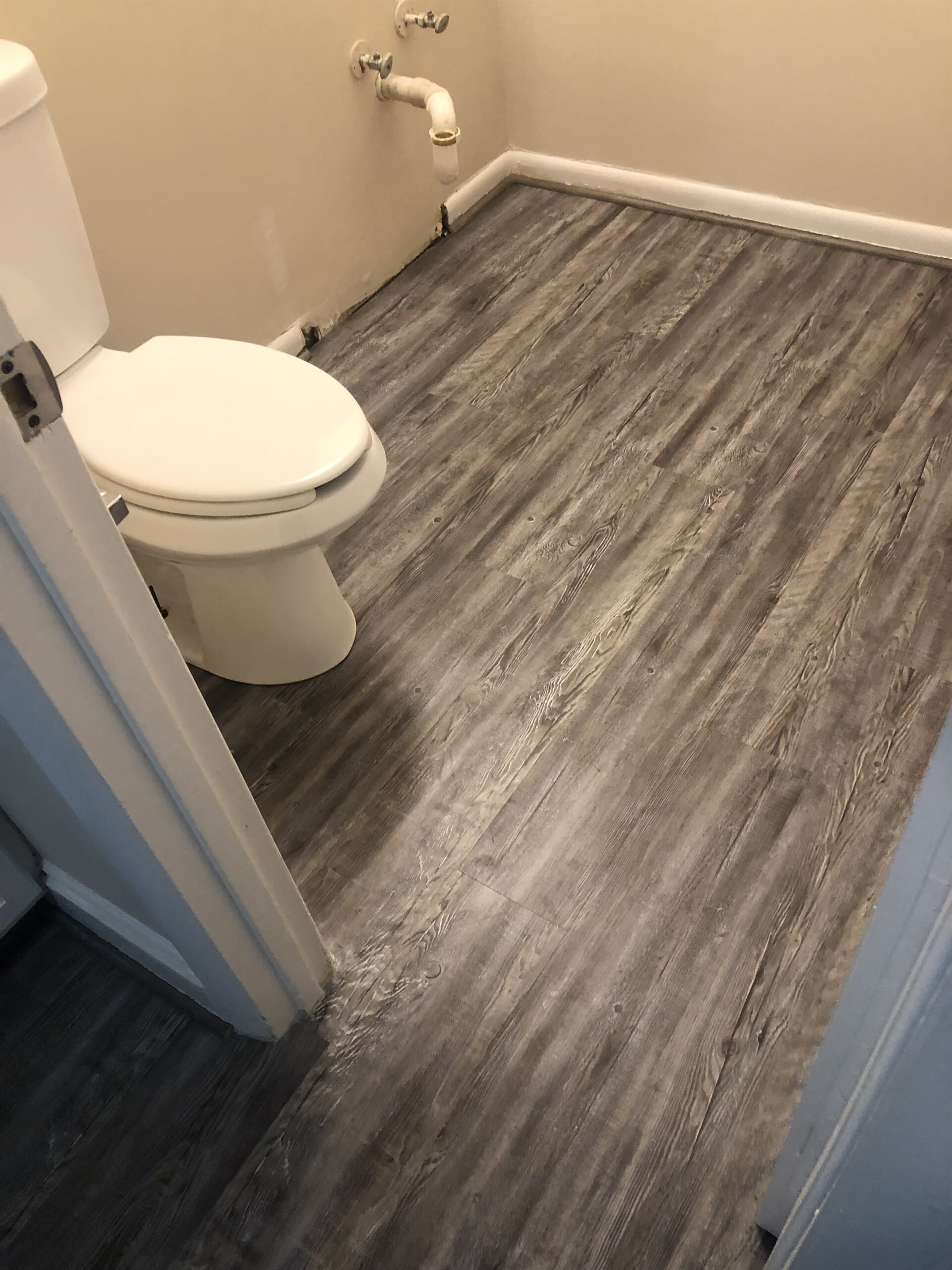 Waterproof wood look floors in Howard County, MD from Andonian's Carpet Warehouse