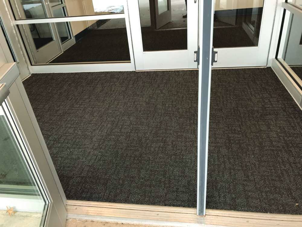 Entryway carpet flooring in Wisconsin from Hiller Stores