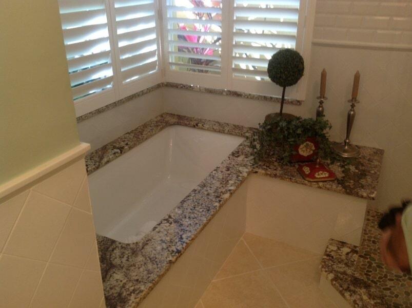 Bathroom tub in Bonita Springs, FL from Classic Floors & Countertops
