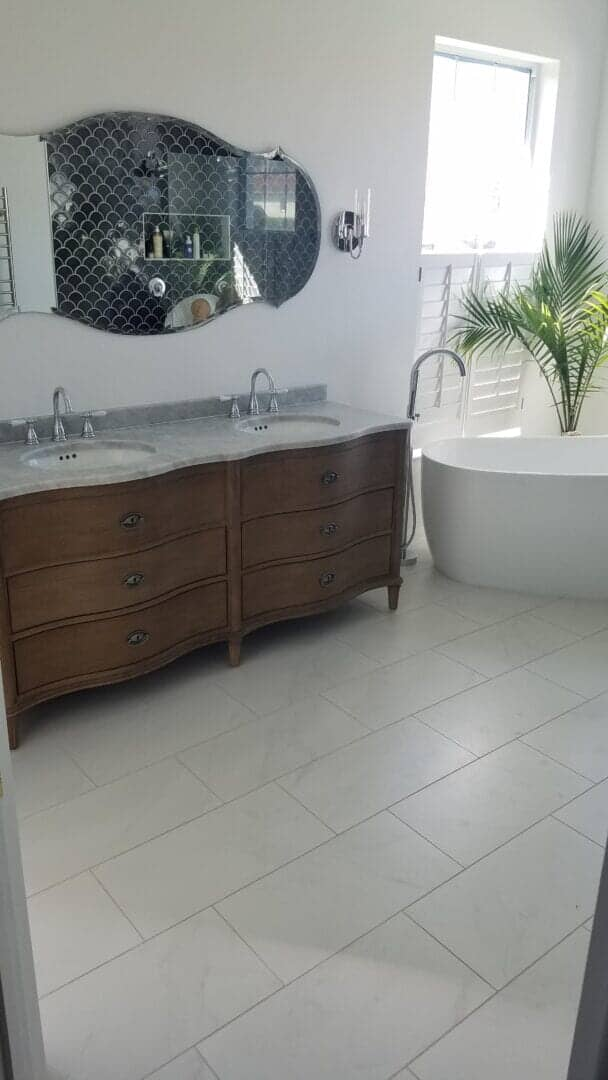 Porcelain tile bathroom in Venice, FL from Paradise Floors and More